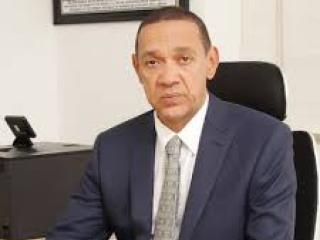 Following the recent statement given by Emir Sanusi Lamido that Fuel subsidy will bankrupt Nigeria, the Nigerian Senator, Ben Murray Bruce has agreed to that in a new Tweet. He also wrote on his bill on Nigeria using electric cars.