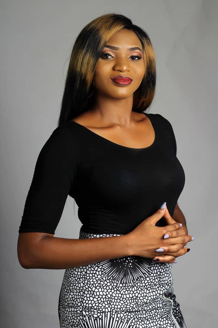 Naijafinix Face Of The Week:- Meet Queen Rosemary, Miss NESA 2018/2019 Uniabuja Chapter