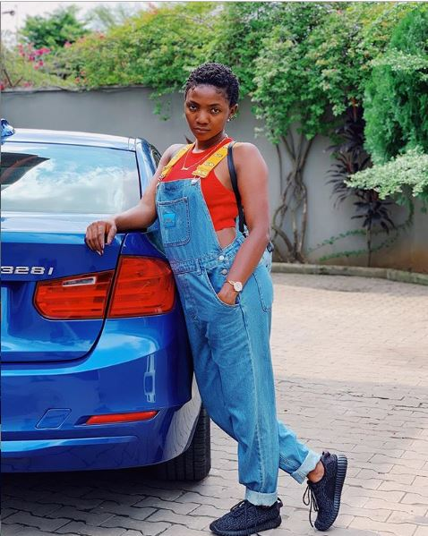 """Nigerian Singer, Simi rocks 'Yeezy' Sneakers in new photo, she captioned the photo, """"nobody wears their old Yeezy sneaks anymore"""