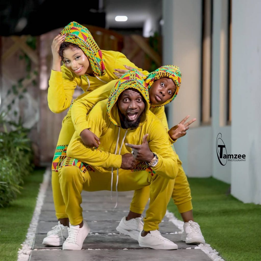 """""""Niggas In The Hood"""": AY Comedian Rocks Matching Outfit With His Family"""