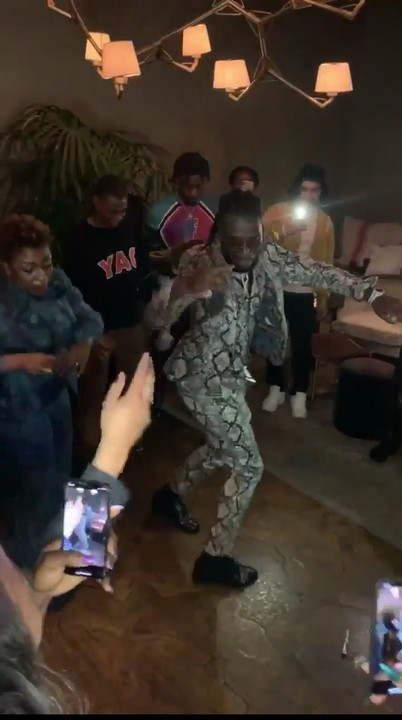 Wizkid and Davido took to their social media to congratulates Burnaboy as he wins Best International act at BET Awards.