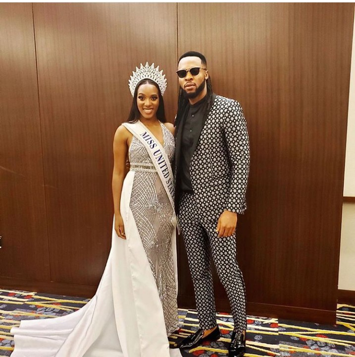 Highlife singer, Flavour who already has two miss Nigerians, Anna Banner & Sandra as his baby mamas, strikes a pose with Miss United State in American.  The reactions from the users on the internet is something else as fans adviced him not to get her pregnant because he is fund of having most beautiful ladies as his baby mamas.