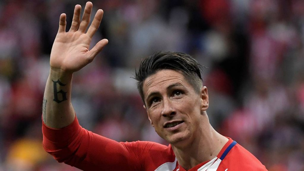 """Fernando Torres: Former Liverpool, Chelsea & Spain striker to retire. Spanish World Cup-winning striker Fernando Torres has announced he is to retire from football. Torres, 35, played at Atletico Madrid, Liverpool, and Chelsea in his 18-year career and is currently at Sagan Tosu in Japan's J1 League. In 110 games for Spain, he scored the winner in Euro 2008 and was on target in their Euro 2012 final win. """"After 18 exciting years, the time has come to put an end to my football career,"""" he said on social media. Torres said he will hold a news conference in Tokyo on Sunday to """"explain all the details"""". His career started with Atletico, before a £20m move to Liverpool in 2007, where he scored 81 goals in 142 games. In 2011, he was signed by Chelsea for a then British record transfer fee of £50m. Although he failed to replicate his goalscoring form at Stamford Bridge, he was part of the Blues' Champions League-winning team in 2012. He also won the FA Cup and scored in their 2-1 win against Benfica in the Europa League final in 2013. After 45 goals in 172 games at Chelsea and a brief four-month loan spell at AC Milan, he returned to Atletico in late 2014. He finished on the losing side as Atletico lost the 2016 Champions League final to Real Madrid, but won a second Europa League in 2018 – his final appearance before moving to Japan. Torres, who is Spain's third highest goalscorer with 38, played in six major tournaments including their 2010 World Cup triumph."""