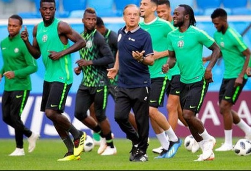 Latest ranking of footballing nations in the FIFA ranking has emerged with Nigeria falling several spots downwards. The Super Eagles dropped three places to 45th spot in the latest FIFA world ranking released by International Federation of Association Football. Despite holding firm to the third spot in Africa, Super Eagles failed to improve on their impressive jump back in April when the country moved four places in the ranking. Meanwhile, Senegal is still the best team in Africa and are ranked 22nd in the world, with Tunisia in second and 25th globally.