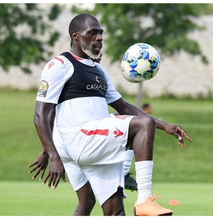 Trending Photos Of 67-Year-Old Kenyan Footballer Training For AFCON