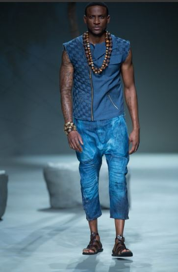 Fine boy Omashola of the Big Brother Naija show was a participant at a fashion show that took place before he came to Big Brother house…