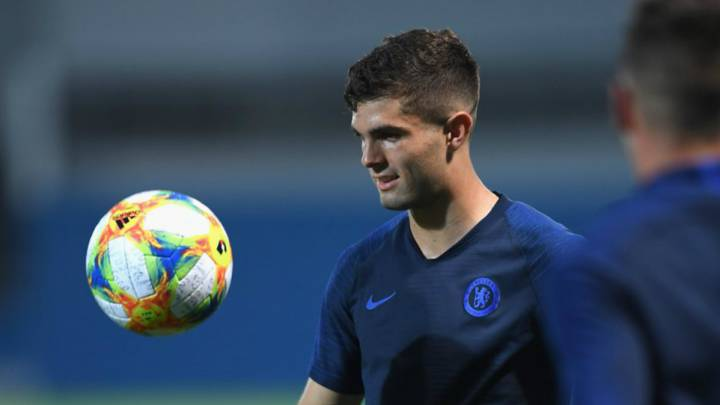 Chelsea new signing Christian Pulisic has joined his teammates for the first time in Japan after signing from Borussia Dortmund.Pulisic joined Chelsea in January but was loaned back to Borussia Dortmund for the remainder of the season. The USA international joining the rest of the team in pre-season tour in Dublin was delayed as a result of his participation in Gold Cup for his national team. He helped the USA to the final but they were defeated 1-0 by Mexico in the finals and the 20-year old was glad to cut his holiday short to team up with the rest of the squad Chelsea face Barcelona on Tuesday 23 June at the Saitama Stadium. Source:- FCNaija