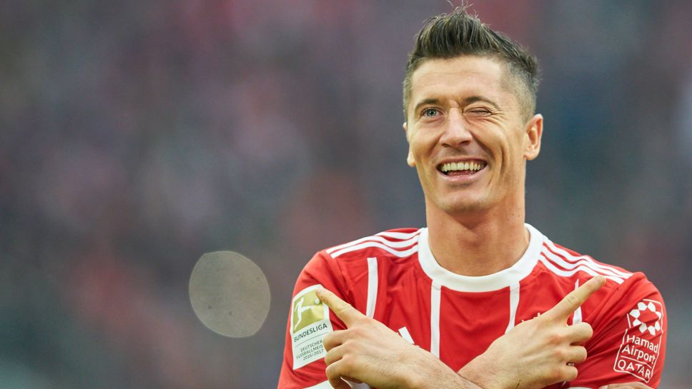 Karl-Heinz Rummenigge says Robert Lewandowski could extend his contract with Bayern Munich and has ruled out a deal to bring back Mario Mandzukic.