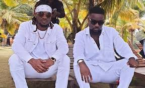 Watch And Download Music Video:- Sarkodie Ft Rudeboy – Lucky