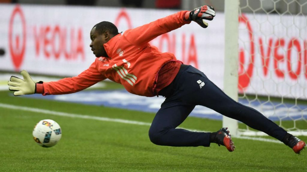 The former Nigeria international was not signed by the Mustards, but he holds the French top-flight side in very high regard Vincent Enyeama is thankful for his spell at Dijon and has a special place in his heart for the club despite a failed transfer. The former Lille goalkeeper joined Stephane Jobardon's men on a three-day trial in a bid to earn a deal ahead of the 2018-19 season.