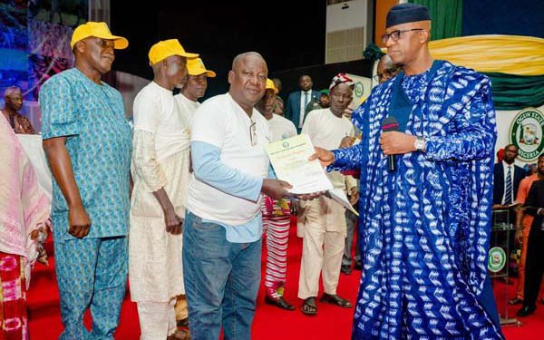 "Governor Dapo Abiodun has flagged off the Ogun State Anchor Borrowers' Scheme, signalling the commencement of an agricultural revolution in the state Speaking at the June 12 Cultural Centre, Abeokuta, the state capital, venue of the launch, Abiodun said that his government plans to turn the state into an agricultural hub, capable of feeding itself and other states in the country. He said the Anchor Borrowers' Scheme was another avenue to boost the nation's self-sufficiency in food production, which is line with the federal government's agenda on food security to save foreign exchange spent annually on importation of food items that could be produced locally. The governor also said that the scheme would help in creating employment opportunities for farmers, women and the youths in the state. Already, about 2000 beneficiaries have been selected and would be given certificates of acceptance and leasehold, according to the governor. He expressed surprise that despite the success of the scheme in other states, Ogun State did not take full advantage of funds availability in the scheme to help farmers improve their production. According to the governor, the scheme was a tripartite agreement between the state as facilitator, Central Bank of Nigeria, CBN, as financier and the beneficiaries, even as he called on the recipients to be committed and responsible in their repayment plan. Abiodun assured that beneficiaries of the scheme would be given one hectare of land free. ""We will also provide clearing, seedlings, fertilizers, extension services and we will pay upkeep allowances until the first harvest,"" he added."