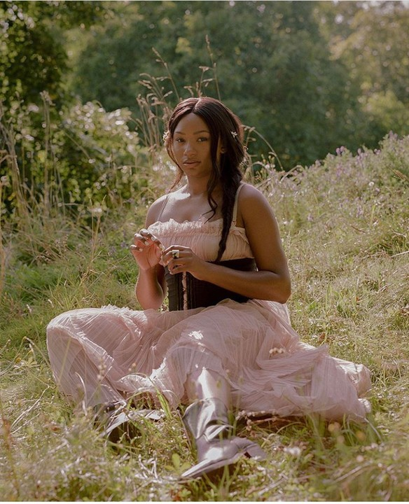 Billionaire daughter and fashion blogger, Temi Otedola slaying in a featured nature shoot with Ace Nigerian photographer, Isabel Okoro . The 23year old model posed alluringly in Milan as she waits up on her supernova boyfriend to come find her in the Italian forest.