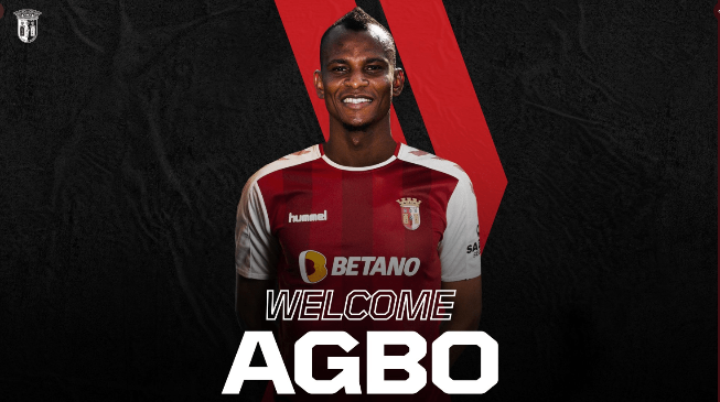 Forgotten Super Eagles midfielder Uche Agbo has joined Portuguese outfit, Sporting Braga on a one-year deal from Belgian club, Standard Liege.  The 23-year-old spent the second half of last season on loan at Spanish side, Rayo Vallecano, but they were relegated to the Segunda B at the end of the campaign from La Liga. Sporting Braga confirmed the deal for Agbo on their social media as he reunites with the former manager at Standard Liege, Ricardo Sa Pinto at the club.