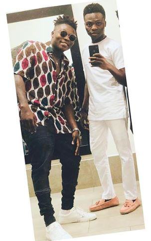 Reekado Banks, a Nigerian singer, has dropped his elder brother, Temi Solomon, as his manager.  He explained that his decision was as a result of next level dealings seeing that his vision has grown and he needs people who see as far as he sees in a recent chat with Cool FM.