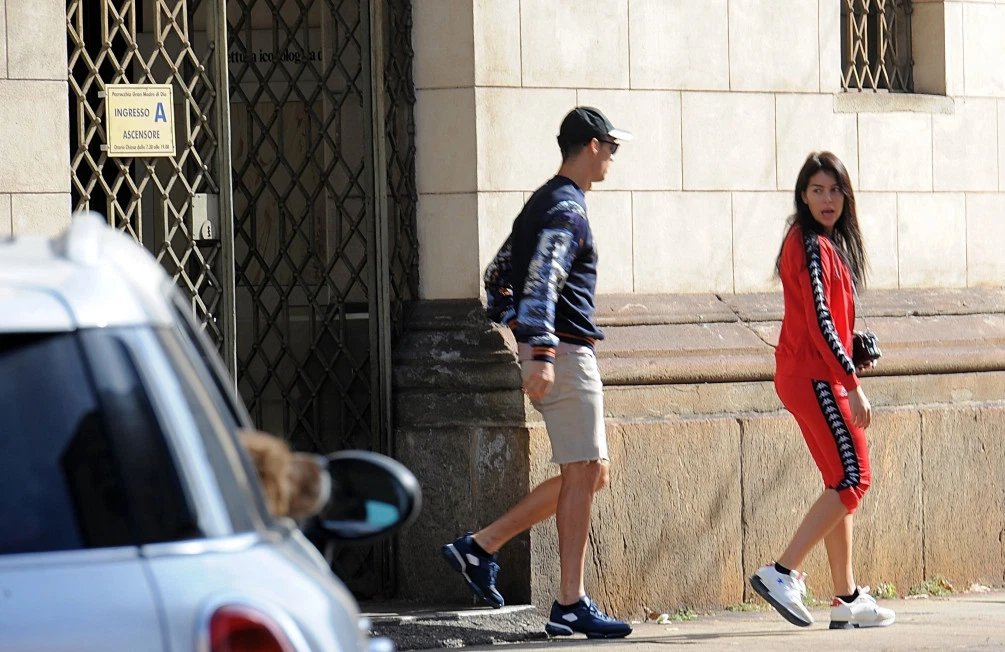Ronaldo Spotted Leaving The Church With Girlfriend, Georgina, Check Out Their Outfits      Cristiano Ronaldo and his girlfriend Georgina Rodriguez both went to church before top-of-the-table-clash between Juventus and Inter Milan.