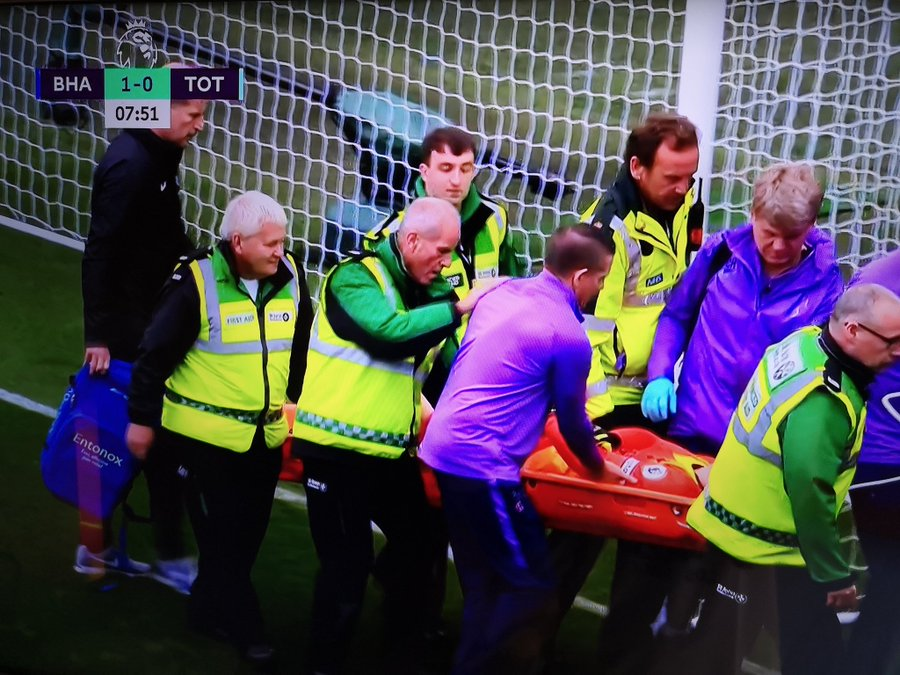 Tottenham goalkeeper Hugo Lloris suffered a gruesome elbow injury as Tottenham went 1-0 down early on against Brighton, MySportDab reports.  Lloris was caught out by a long range effort as he dropped the ball at the feet of Neal Maupay for the opener.  But he fell awkwardly as he back-pedalled into his own net, with his left arm awkwardly twisting the wrong way as he landed.  The French goalkeeper visibly screamed in agony and was given oxygen on the field as he was treated for a substantial period of time and stretchered off.  Lloris, Tottenham's captain, was replaced by Paulo Gazzaniga and give a standing ovation as he was taken from the pitch.  According to BT Sport, he was screaming in agony as he was carried through the tunnel and given extra morphine to counter the pain before being taken to hospital via ambulance.