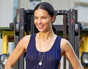 This gorgeous Victoria's Angel needs no special introduction. Adriana Lima has been on covers of many popular magazines as well as she's been one of the most sought models that ever walked on catwalk.