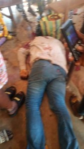 A police officer attached to a branch of the United Bank for Africa (UBA) in Oye-Ekiti has been shot dead in a robbery attack on Thursday.  A girl, believed to be about five years old, was also killed by the gunmen while on her way back from school.  The gunmen made away with money from the bank's vault and stole from the customers.