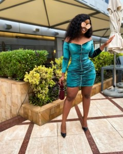 Ex BBNaija Housemate, Cee-C shared these beautiful pictures as she goes braless in a bodycon dress…