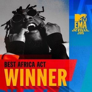 He got presented with a plaque of honor for the mammoth crowd he pulled, but this is small when compared to the award he received earlier at the MTV EMA's. Big congrats to the African Giant.