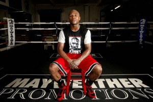 Floyd Mayweather Net Worth 2019 – How Rich Is Floyd Mayweather? One of the greatest boxers of all time, Floyd Mayweather is best known for being undefeated throughout his 19 year professional career with an incredible record of 49 to 0.