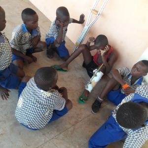 A heartwarming photo that captured the true spirit of friendship and brotherhood has been shared on Twitter and it is going viral. In the photo, a number of young boys in their school uniforms are seen keeping their classmate company in the hospital. The classmate had been knocked down by a bike on his way to scool so his friends took permission from school to visit him in the hospital in Ghana. While visiting him, they sat around discussing and laughing to cheer him up.