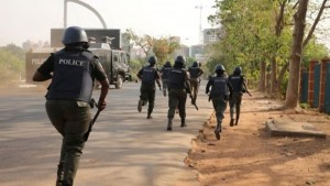 Police officers have reportedly shot at a schoolgirl in Abuja while dispersing Shiite protesters. According to a The Nation report, the police allegedly opened fire on schoolgirl on Wednesday in Abuja while dispersing protesting members of Islamic Movement of Nigeria (IMN) at Wuse Market in Abuja.