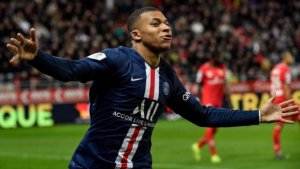 Paris Saint-Germain is set to offer Kylian Mbappe a huge deal to fend off Real Madrid from signing him in the next summer, according to report. Real Madrid has made the signing of Mbappe a priority next summer and the