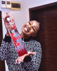 'Investigative journalist' Kemi Olunloyo has reacted to Tacha's Ciroc ad. She dismissed an earlier report that Tacha had signed an endorsement deal with Ciroc as an ambassador. Ms Olunloyo said it's fake and has put the record straight.