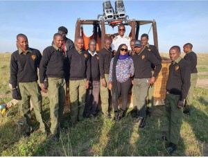 Nigerian singer Yemi Alade enjoys her first Hot Air Balloon ride with the first and only female Hot Air Balloon pilot in Africa in Masaimara, Kenya.