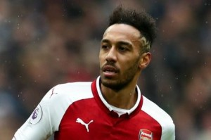 Arsenal forward, Pierre-Emerick Aubameyang has expressed disappointment in Anthony Joshua after the British heavyweight boxer predicted that Tottenham striker, Harry Kane would beat him, (Aubameyang) in a boxing fight.
