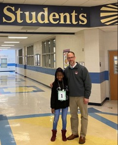 A Nigerian girl has emerged winner of a spelling bee competition held among schools in the United States of America. A brilliant Nigerian