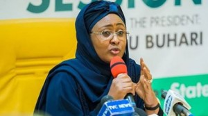 They recalled how they defended her when Mamman Daura's family were giving her a hard time at the Presidential Villa. First Lady, Aisha Buhari, has come under intense criticism on