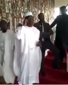 A video of moment Governor Abdullahi Ganduje's security stopped former lawmaker Abdulmumin Jibrin from walking up to congratulate him after his (Ganduje) Supreme Court victory in the 2019 governorship election