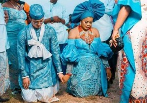 Chinese Man Weds Nigerian Lady From Akwa Ibom In Style (See Photos) Love knows no boundaries from china to Akwa ibom state.