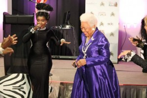 Ex Nigerian Idol singer, Jemiriye Adeniji who has been living in the US and doing music over there, has been honoured by the most powerful and influential Black family in the United States, the Kings family.