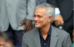 Tottenham Hotspur manager, Jose Mourinho is set to hijack the bid of Frank Lampard's Chelsea to sign 23-year-old forward, Moussa Dembele from Lyon, according to Goal.  Mourinho has been attracted to Dembele