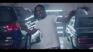 Watch And Download Music Video:- Naira Marley Ft CBlvck – Tingasa