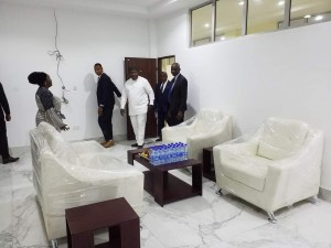 Governor Ifeanyi Ugwuanyi of Enugu State, this evening, inspected the newly remodelled and renovated Abuja Building, Government Hou