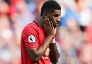 """Manchester United manager, Ole Gunnar Solskjaer, has admitted that the gamble in bringing on Marcus Rashford against Wolves """"backfired"""". Rashford lasted just 15 minutes as Un"""