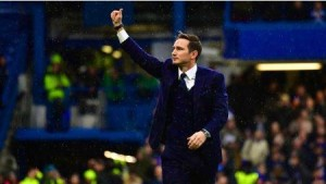 Chelsea manager, Frank Lampard, is looking to bring in a goalkeeper and a striker before the close of the January transfer window, the UK Express reports.