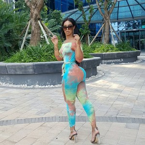 "Popular Instagram Make-Up Artiste ""Queenonce"" Flaunts Hot Body On Instagram   As shared on instagram by the popular instagram make-up artiste…"