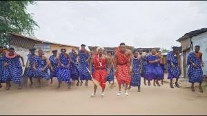 Watch & Download Music Video:- Rayvanny Ft Diamond Platnumz – Amaboko