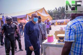 Nigeria's richest funeral undertaker: Obi, Umeh, Chidoka, Chris Uba, Ifeanyi Ubah grace APAMS BOSS@ 50 birthday celebration in Anambra State, Nigeria. It was the climax of glamour, pomp and pageantry as Dr Kevin Chukwumobi, MD APAMS funeral LTD celebrated his birthday on the 26th December, 2020.